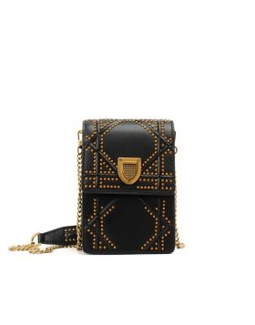 Women's Retro Rivet Camera Styling Shoulder Bag